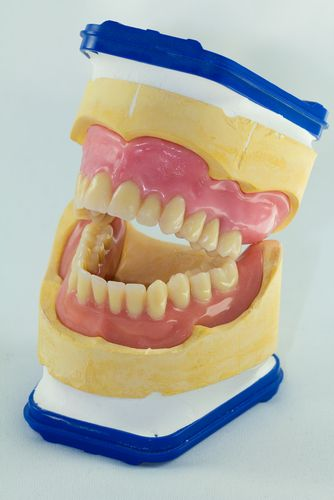 Patients Trust Glasgow #Denture Studio to Avail #CheapDentures