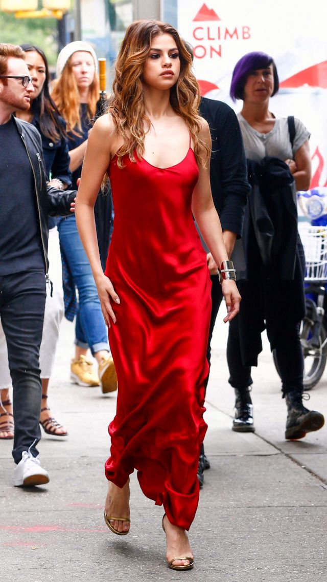 Selena Gomez, red silk dress