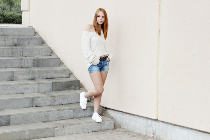 bezaubernde nana, fashionblog, modeblog, germany, deutschland, streetstyle, outfit, witt weiden strick pullover, clockhouse jeans shorts, new look plateau sneaker weiß, sommer, weißer strick pullover