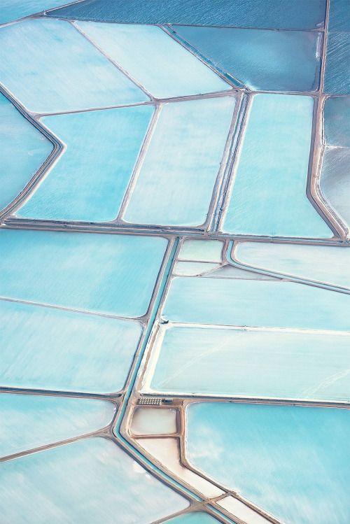 Les marais salants jouent au puzzle ! / Blue salt fields. / Australie. / Australia.