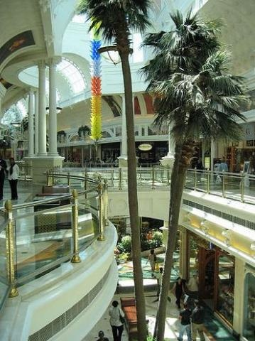 Canal Walk, a shoppers paradise in Cape Town