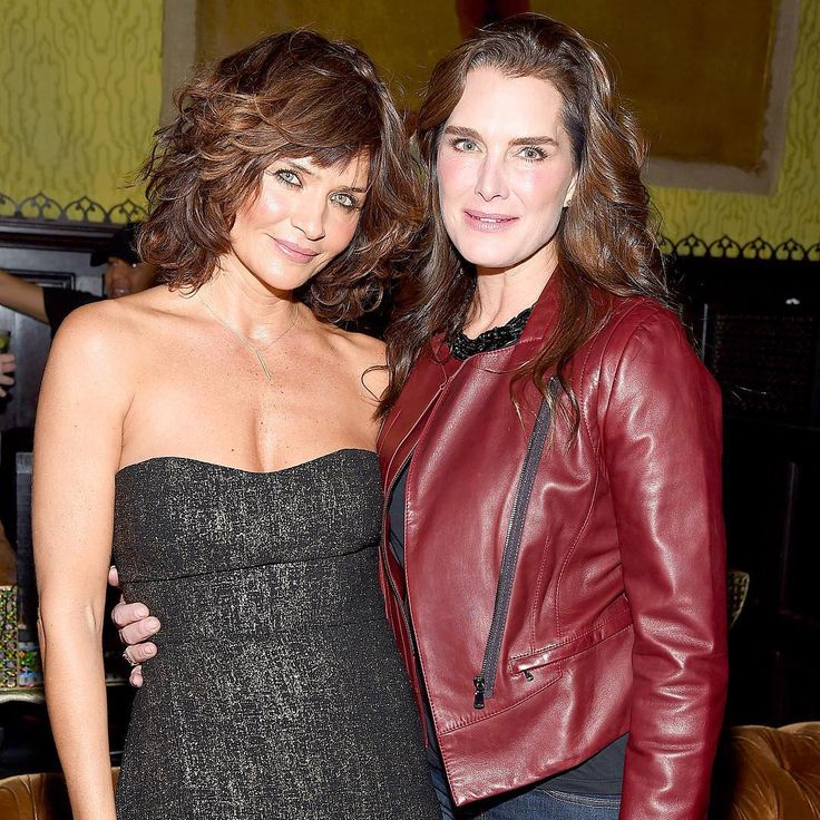 """Classic beauties! #HelenaChristensen and #BrookeShields bonded at an event in NYC. (Photo credit: Gary Gershoff/WireImage)"""
