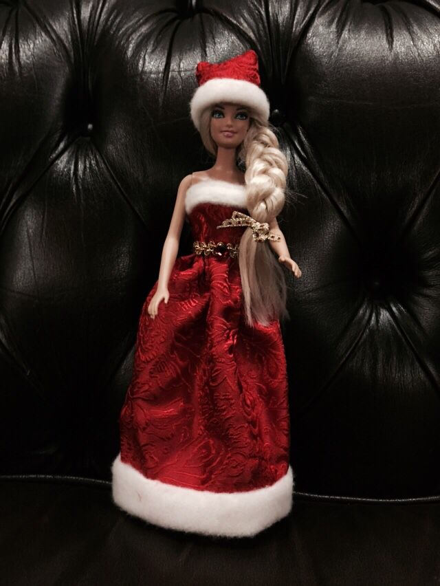 Handmade Barbie's Christmas dress by Sabrina.