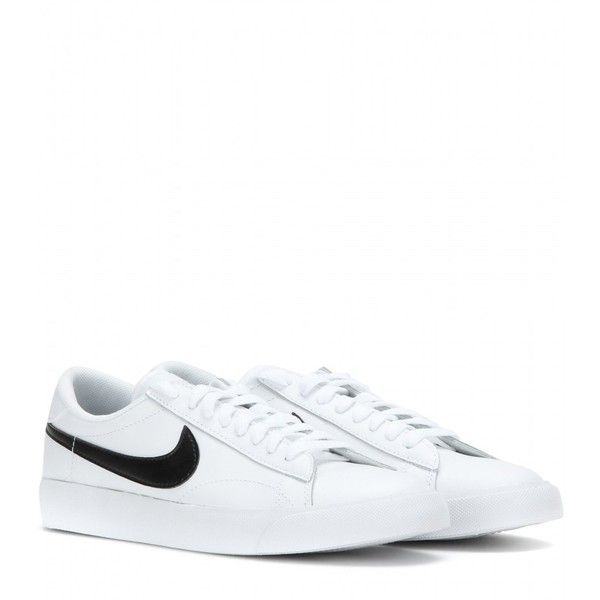 Nike Nike Tennis Classic Leather Sneakers (€99) ❤ liked on Polyvore  featuring shoes