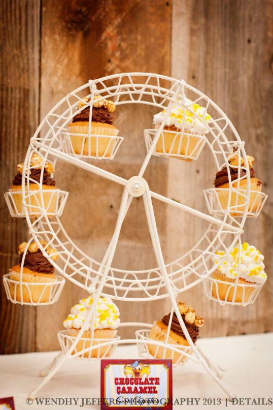 Cupcake Holder Farris Wheel