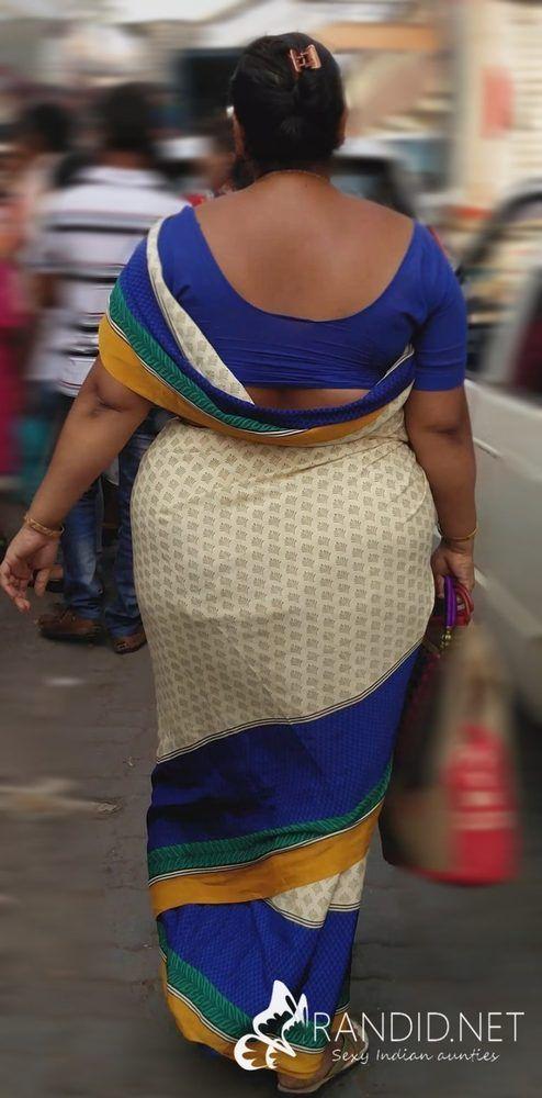 Big saree booty photo