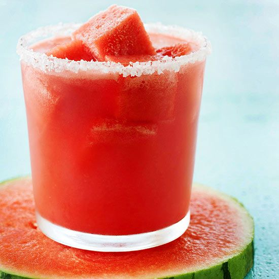 Frozen watermelon cubes top off this tasty Watermelon Margarita. Find 12 more margarita recipes: http://www.bhg.com/recipes/drinks/wine-cocktails/margarita-recipes/?socsrc=bhgpin050313watermelonmarg=5