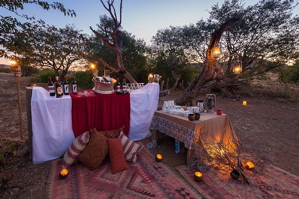 Bush dinner, Desert Rhino Camp-style