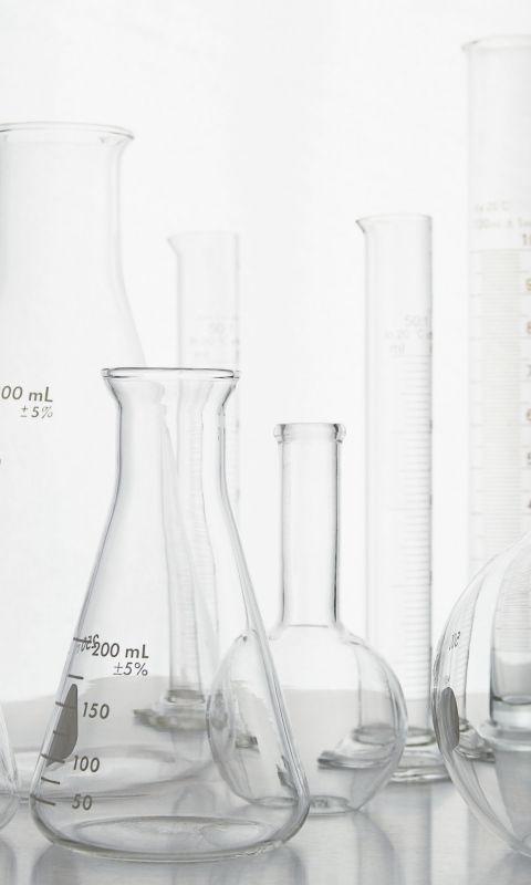 480x800 Wallpaper flasks, test tubes, empty, white background