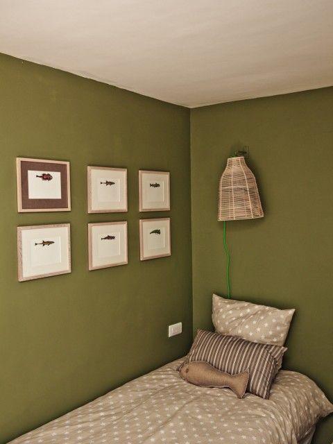 17 meilleures id es propos de chambre coucher kaki sur pinterest chambre d 39 olive et d cor for Peinture vert kaki