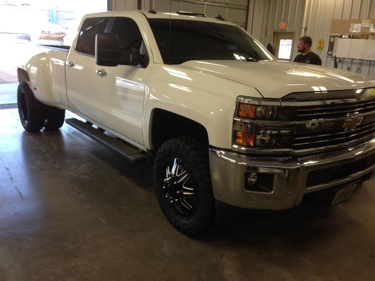 LML 2015 Chevrolet Silverado 3500 HD Dually On 20 Wheels