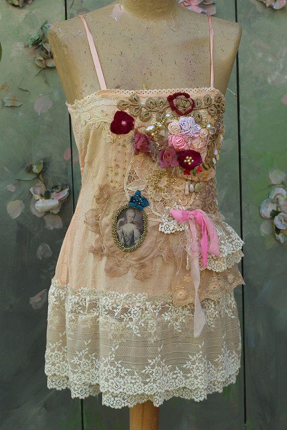Antoinette ist Garten - -böhmische shabby chic Spitze bestickt und Perlen Details, alte Spitzen