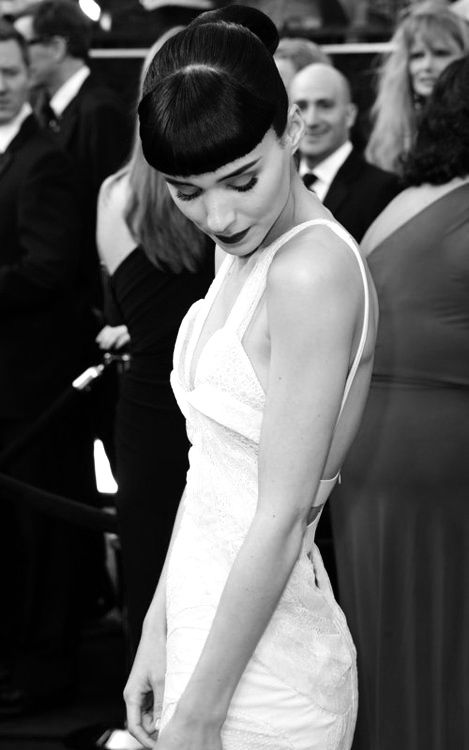 Rooney Mara - BANGS ENVY T_T I hate that I will never have these with my curls.