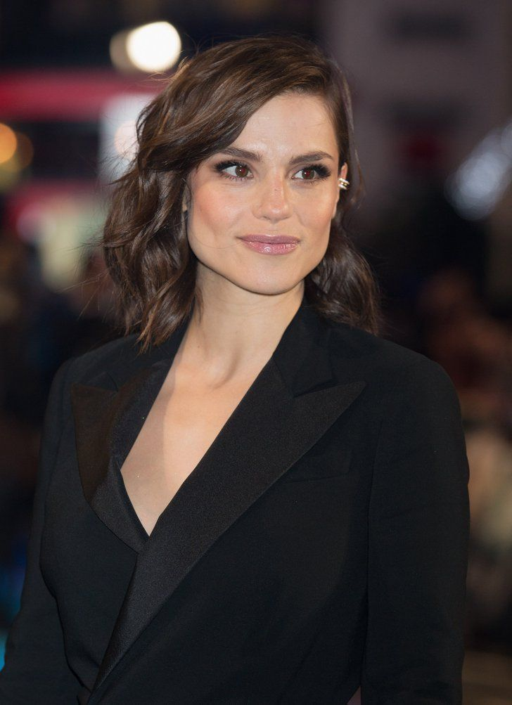 Pin for Later: Charlotte Riley Leaves Tom Hardy at Home to Hang Out With Chris Hemsworth