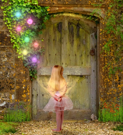 Sparkly Magical Girl Wallpaper 264 Best Fire Flies And Fairy Tales Images On Pinterest