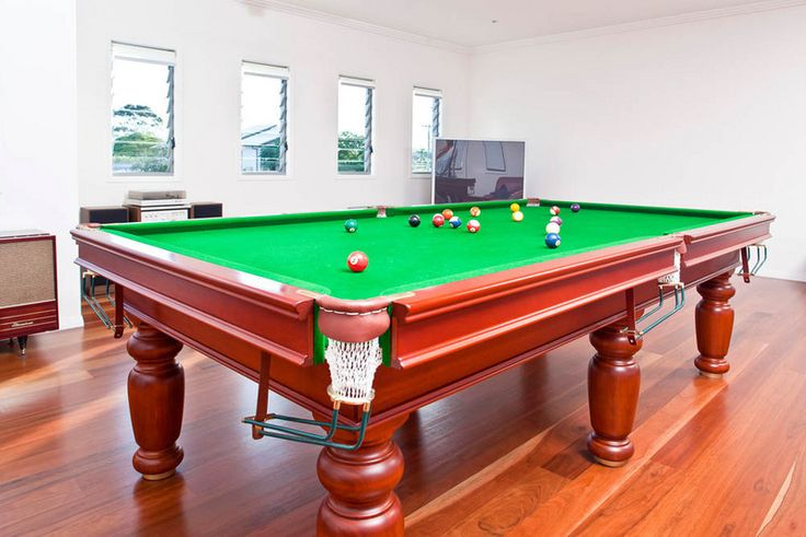 Palm Beach games room. Excellent space and floor boards. #floorboards #pooltable #design
