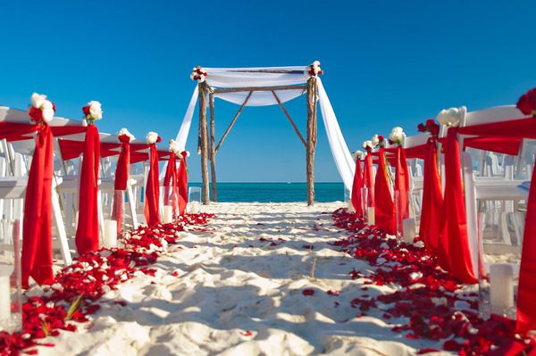 Romantic ceremony in the Bahamas.