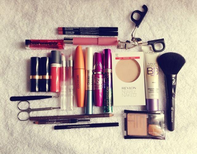 Travel Makeup Essentials   Simone Tsui ♡♡♡