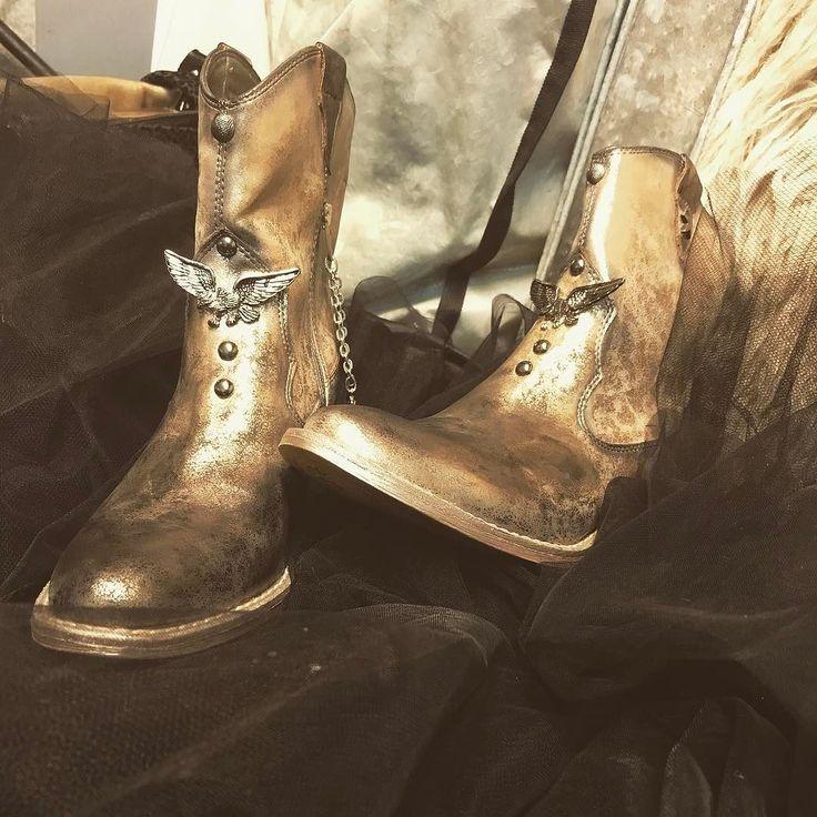PimpMyShoes by EvilEve#evilevedesign #rocker #shoes