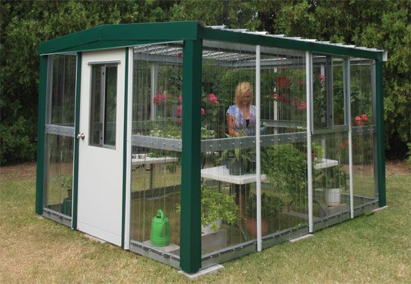 How To Build A Greenhouse From Pallets