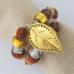 9 best memory wire napkin rings images on pinterest beaded napkin make your own napkin rings with memory wire and beads festive and unique diy thanksgivingthanksgiving solutioingenieria Gallery