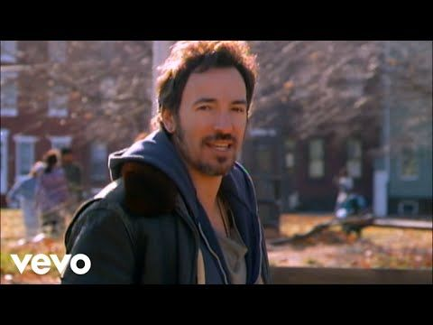 Bruce Springsteen - Streets Of Philadelphia - YouTube