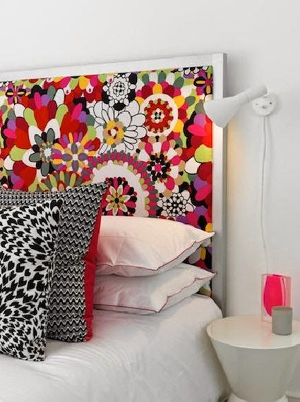 Really like this bed head idea.  Finishing an upholstered panel with a painted frame.  Nice!
