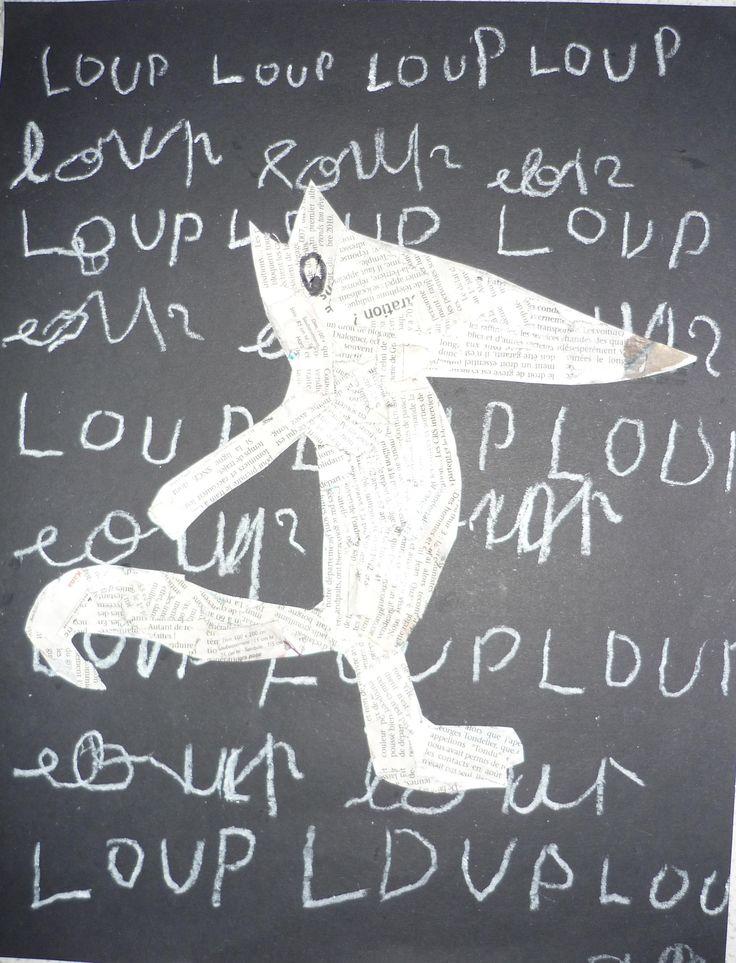 Loup décalqué dans un album puis recouvert de papier journal déchiré, puis collé sur fond noir où les enfants ont écrit le mot Loup.  D'après les livres de Mario Ramos