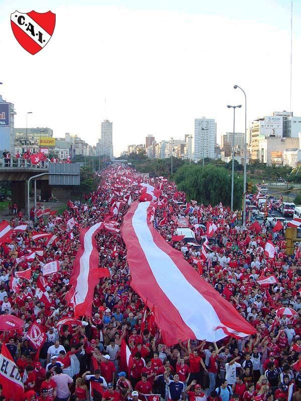 Desfile con Bandera - Independiente de Avellaneda #futbolindependiente