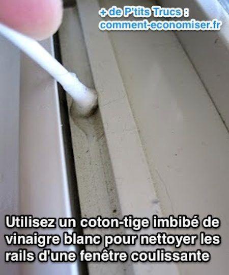 Utilisez un coton tige pour nettoyer la crasse sur les rails d'une fenêtre coulissante