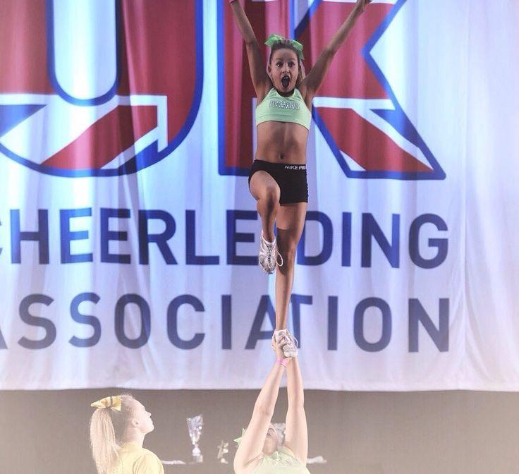 Friday Feelin'!  #ukca #cheerleading #ukcheer #cheerlife #cheerstunt #fridayfeelin #thisgirlcan