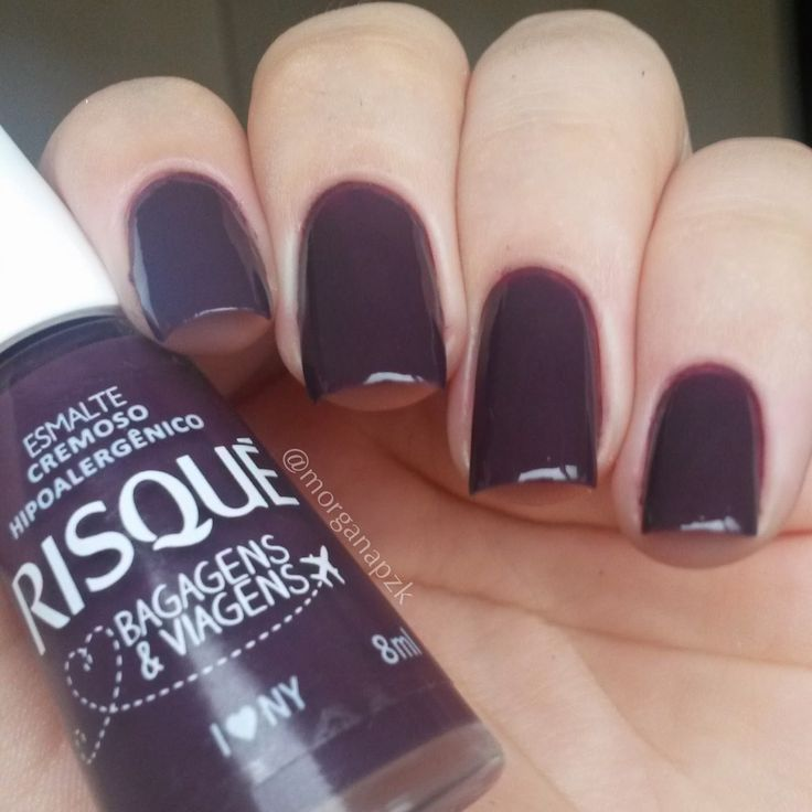 Esmalte I Love NY - RISQUÉ. Purple nails. Nail art. Nail design. Polishes. Polished. by @morganapzk