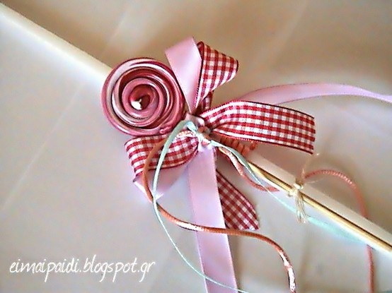 Handmade Easter candles with lollipops