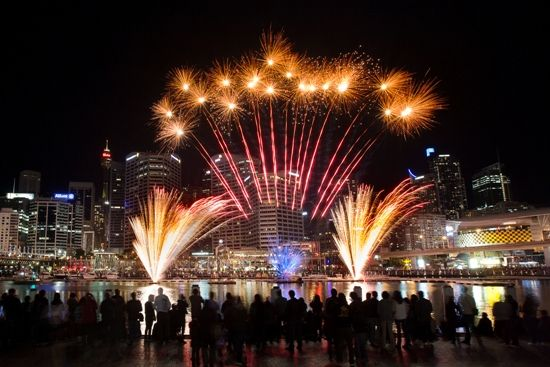 Metro Apartments on Darling Harbour: Darling Harbour Fireworks