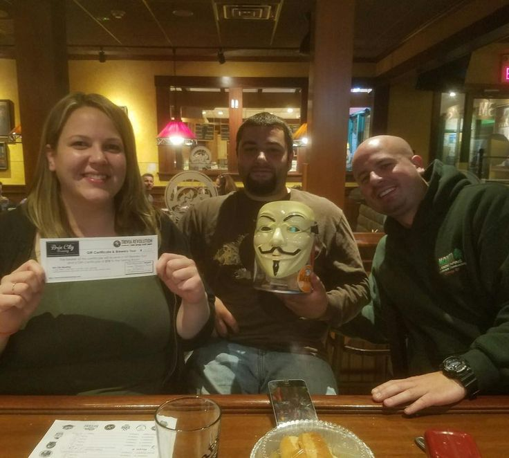 Congratulations to Team 'Brown Cow' for winning our Featured Brewery Prize to Brix City Brewing at Smokey's Brick Oven Tavern! . . #trivianight #triviawinners #TriviaRevolution #notyouraveragetrivia #revolutioniscoming #lettherevolutionbegin #jointherevolution #revolution #guyfawkes #craftbeer #craftbeerrevolution #craftbeernotcrap #craftbeerporn #craftbeernj #njcraftbeer #drinklocal #NJCB #NJCBmember #njbeer #njbrewery