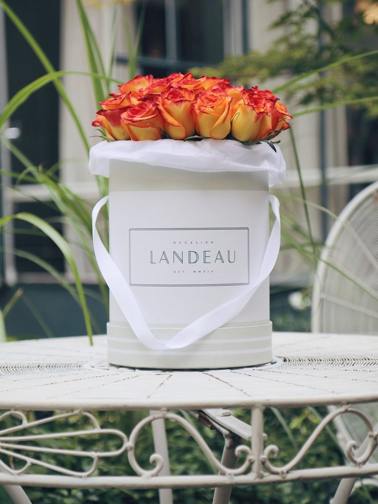 Luxe Flower-Delivery Services for Last-Minute Floral Arrangements Photos | Architectural Digest