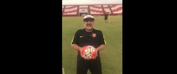 "El reclamo de Maradona: ""Macri, largá a Maldonado"""