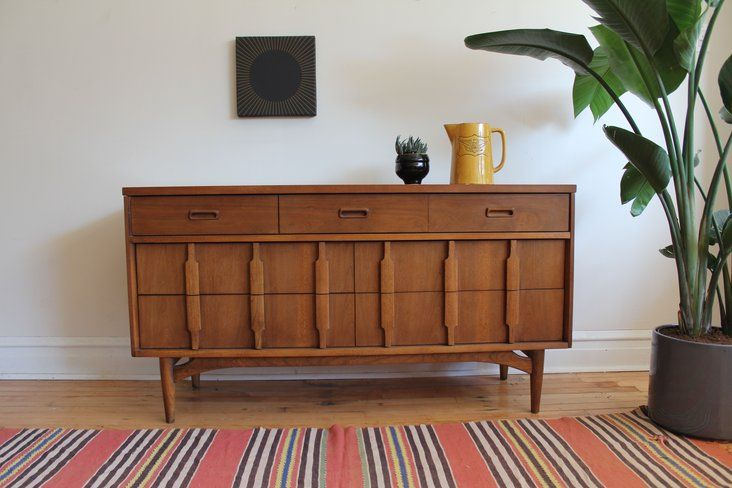 Best Mid Century Modern 7 Drawer Dresser Made By Kroehler 400 x 300