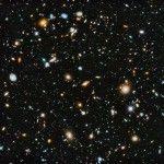 Una nueva imagen panorámica de la NASA captura el color del cosmos e incluye por primera vez la luz ultravioleta, que es invisible al ojo humano