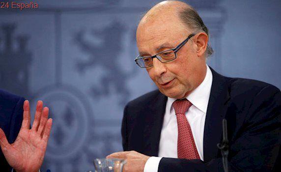 Montoro suaviza el objetivo de déficit autonómico para satisfacer al PSOE a costa de la Seguridad Social