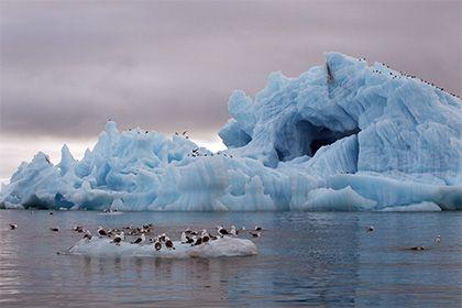 Оценена вероятность затопления Арктики http://mnogomerie.ru/2017/03/07/ocenena-veroiatnost-zatopleniia-arktiki/  Ученые из Эксетерского университета (Великобритания) оценили вероятность растопления льдов Арктики к середине столетия. Соответствующая публикация представлена в журнале Nature Climate Change. Если среднегодовая температура воздуха повысится на менее 1,5 градуса Цельсия по сравнению с современным значением, то вероятность того, что к середине века Арктика полностью освободится ото…