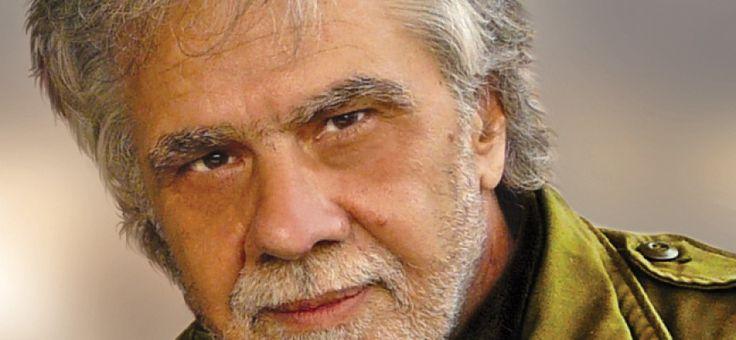 Ο #Νίκος_Γούλιας μιλά για «Τα Χρόνια της Ομίχλης» και για τα δυο πρώτα βιβλία της τριλογίας «Ιάσμη» και «Χατισέ»   Συνέντευξη [κάποτε] στην Ελένη Γκίκα #writer #author #book #interview #inmemory