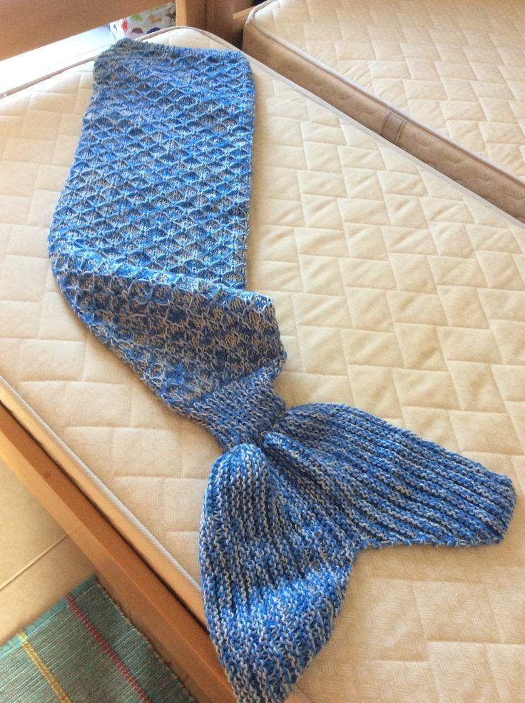 Blue mermaid blanket