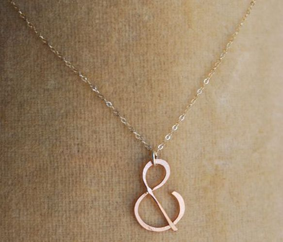 Ampersand necklaceAmpersand Rose, Gold Ampersand, Accessories Stuff, Rose Gold Necklaces, Ampersand Necklaces, Wedding Day, Pretty Things, Necklaces Ideas, Amazing Jewelry