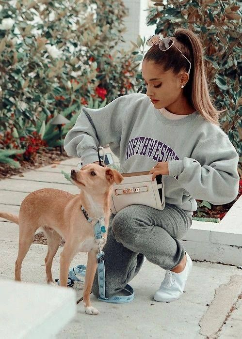 Ariana Grande | Omg that dog is so cuteee  Nuff Love ❤️