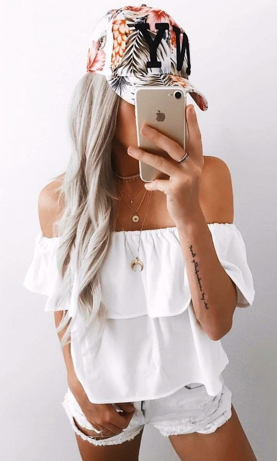 35c154c8cf  Summer  StreetStyle  Outfits  Dress white off-shoulder shirt with denim short  shorts.