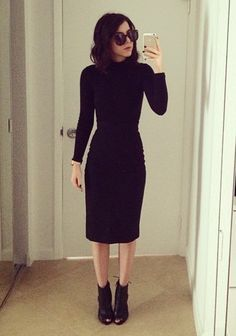 Rachel talbott turtle neck top & pencil skirt