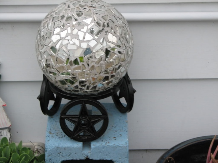 45 best crafts and junks images on pinterest garden art for Glass and mirror craft