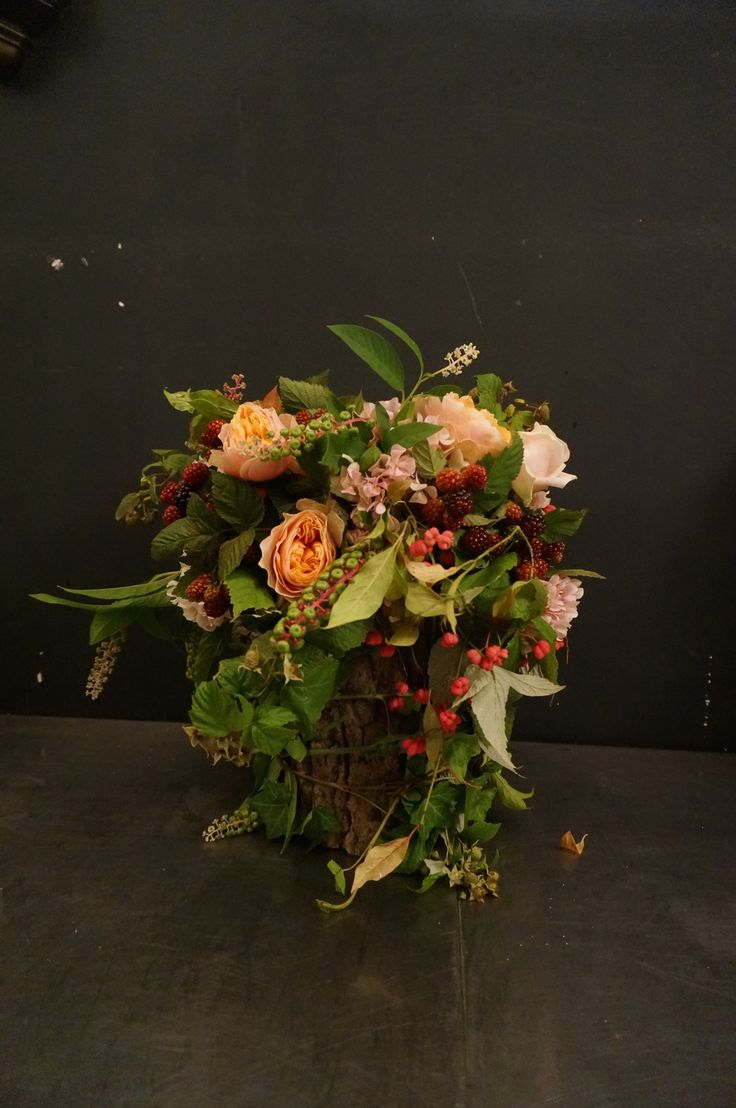 round flower basket