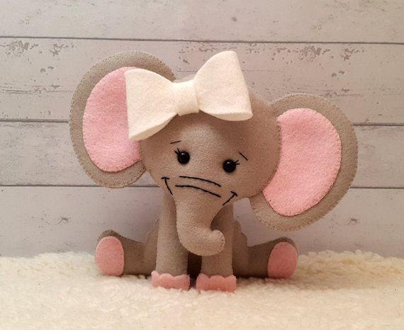Fieltro a patrones Olivia el elefante Pilot patrón por SuperSkattig